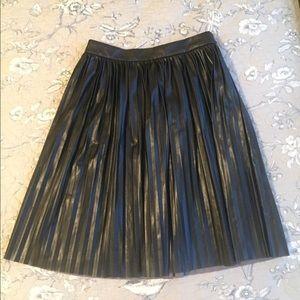 Banana Republic Skirts - Faux leather Banana Republic midi skirt.